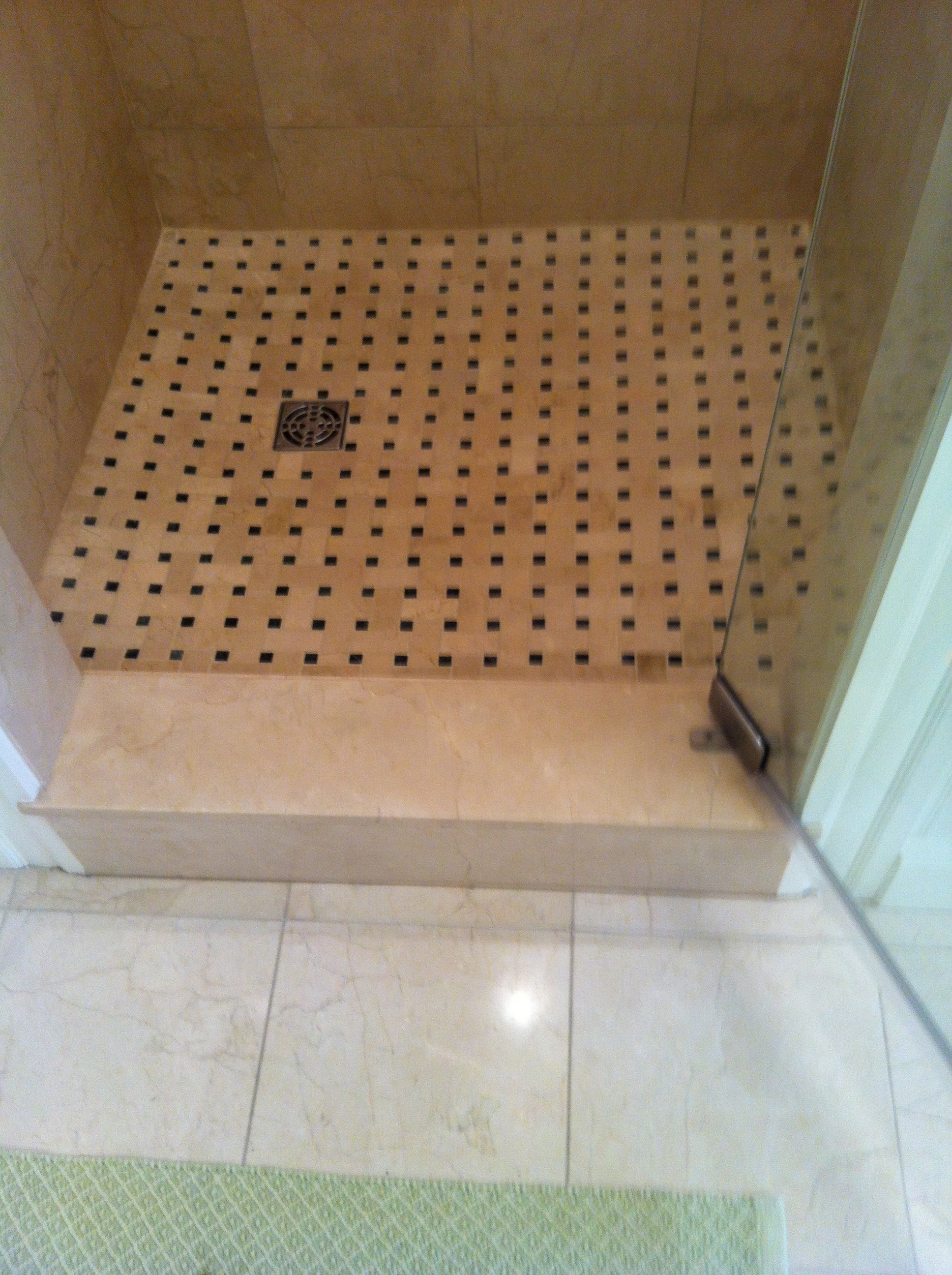 Shower18 (floor)